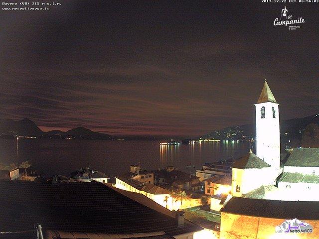 time-lapse frame, Baveno alba del 22 dicembre 2017 webcam